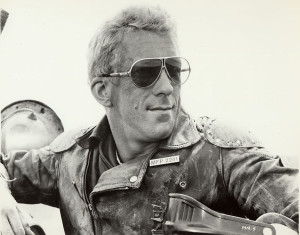 A nice close-up of Goose. A great shot of his jacket, badge, nameplate, sunglasses and faceshield.