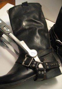 rw boot wbrace