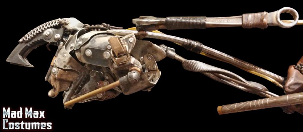 Mad-Max-Fury-Road-Imperator-Furiosa-Stunt-Arm-Display