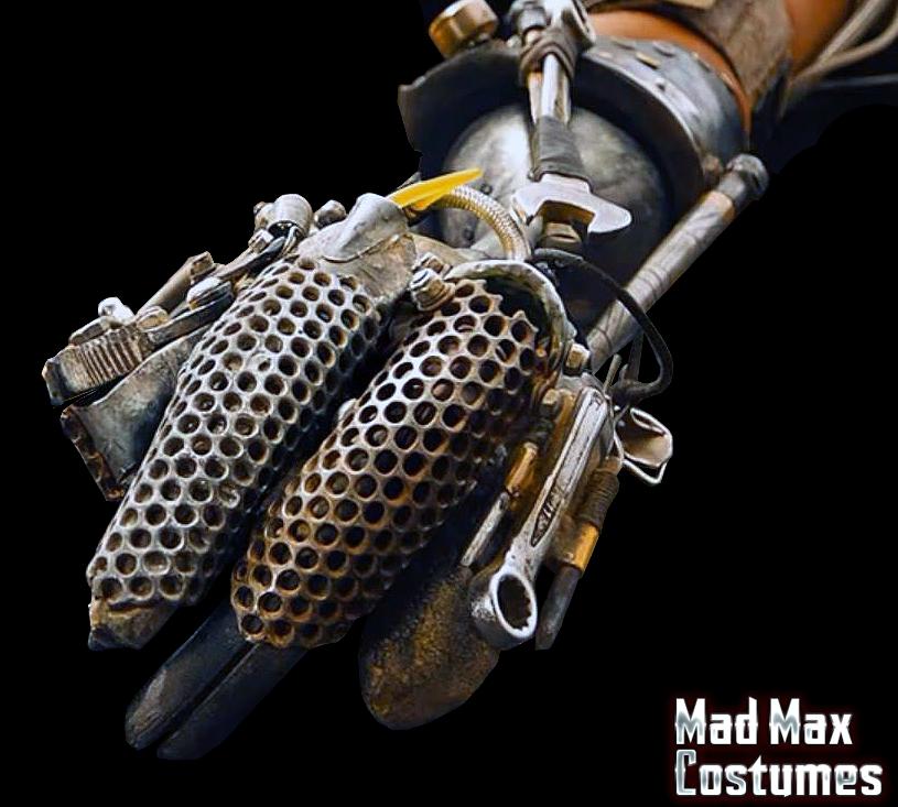 Mad-Max-Fury-Road-Imperator-Furiosa-Stunt-Arm-Holding-Max